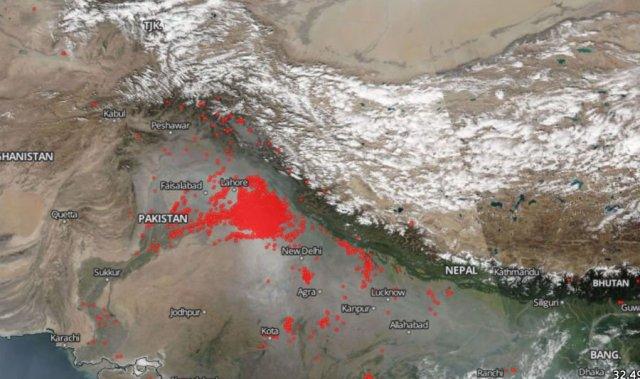 new-delhi-anomalii