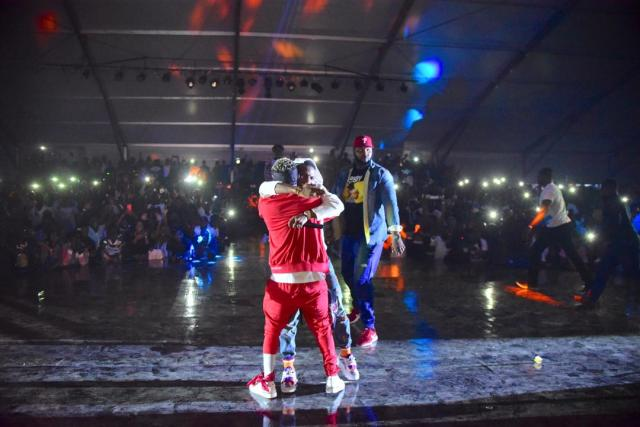 NO MORE BEEF!! Wizkid Reconciles With Shatta Wale, Hugs On Stage At Event In Ghana (See Photos)