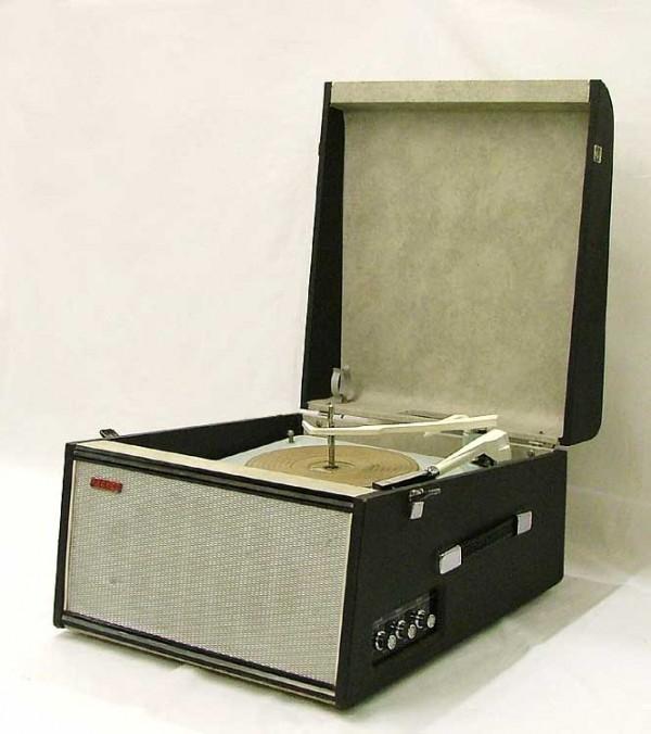 portable_recordplayer-2