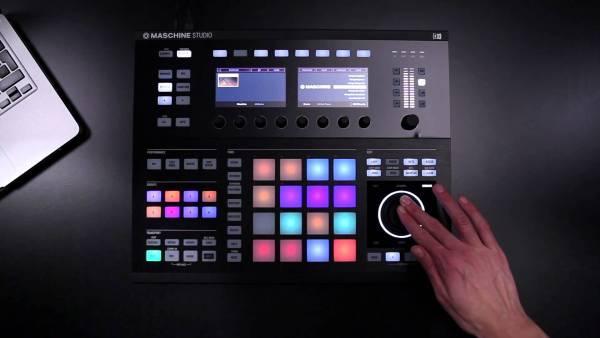 シンプルな機能だから初めてでも分かり易い!パッドコントローラを使って直感的に音楽を作れるドラムマシン達