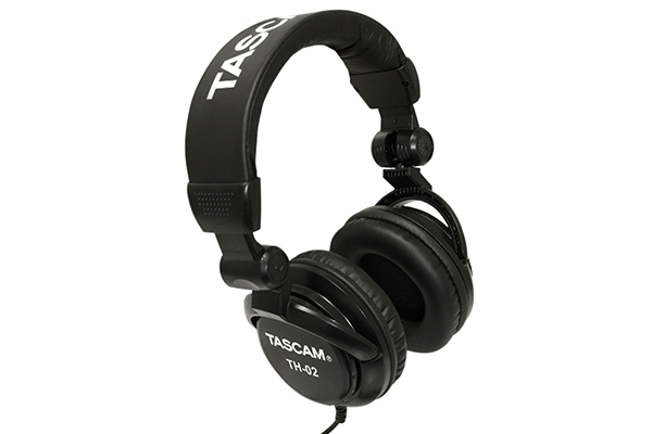 tascam-trackpack-4x4-3