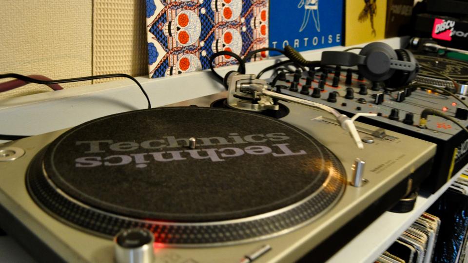 あなたのレコードプレーヤーは大丈夫?ターンテーブルの調整とメンテナンス