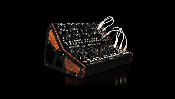 moog-mother-32-release-eyecatch.jpg