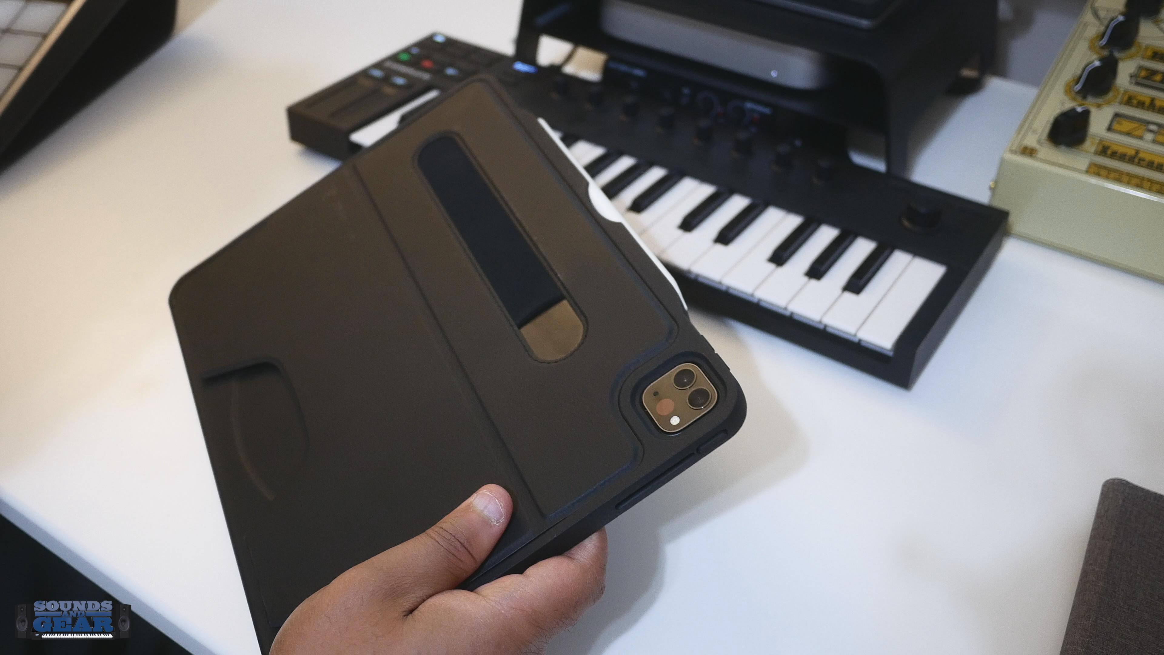 ZUGU Alpha iPad Pro Magnetic Case with Apple Pencil ...
