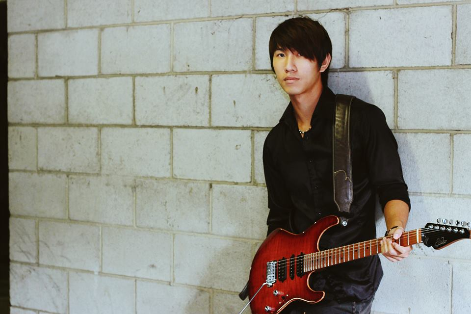 Leo Goh from GrooveMartini – A Funky Fresh Guitarist