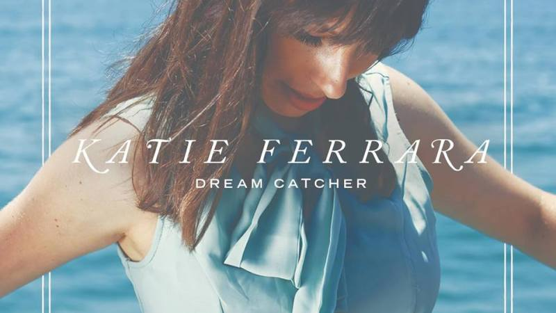 Katie Ferrara -What It Means To Be A Street Performer : Inspiring Conversation With A Dream Catcher