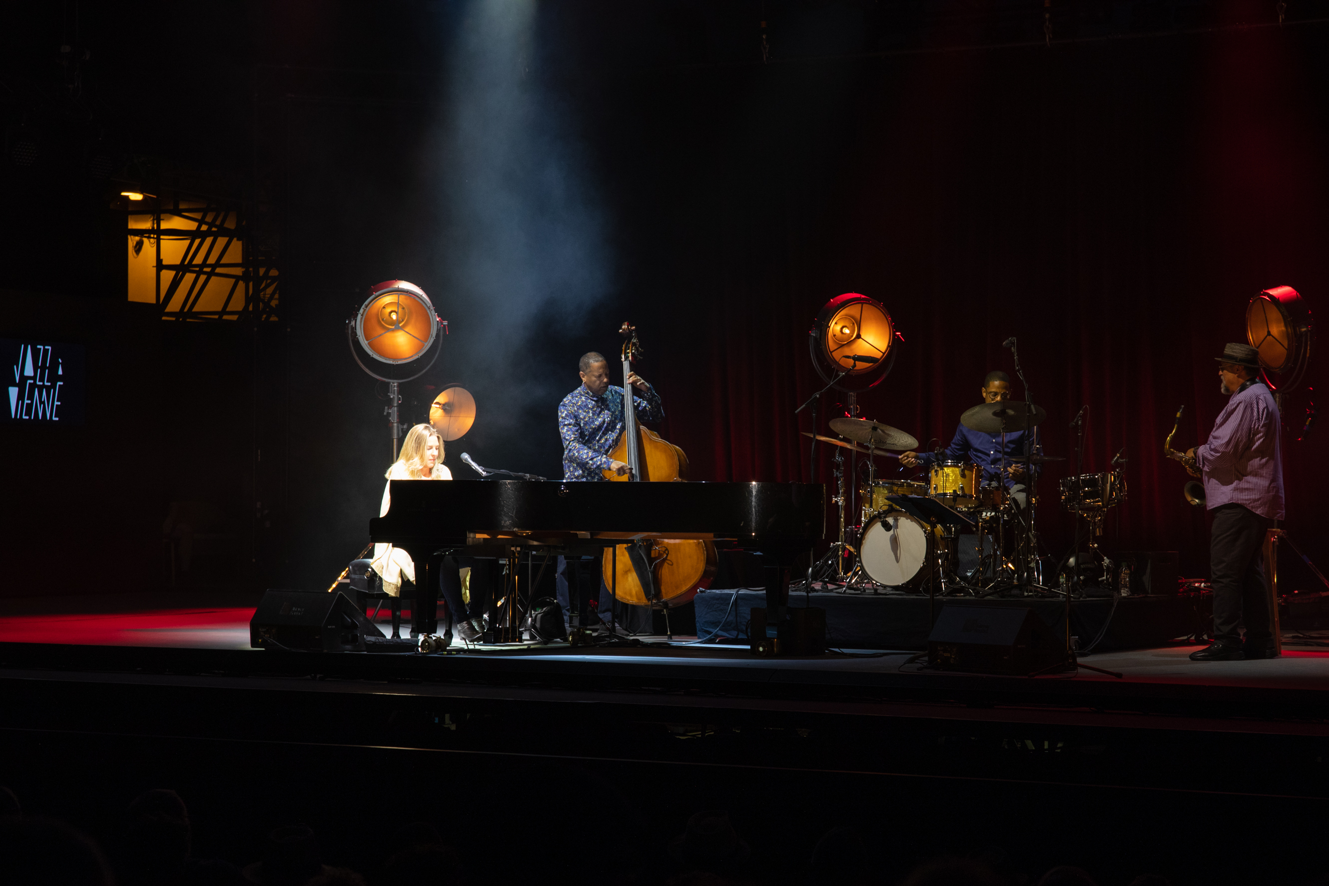 Diana Krall – Son Hommage Du Great American Songbook à Jazz à Vienne