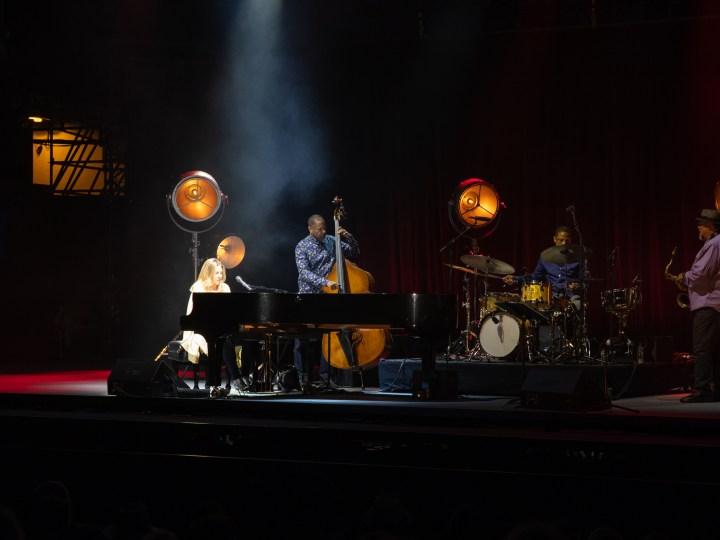 Diana Krall – Son Hommage Du Great American Songbook à Jazz à Vienne