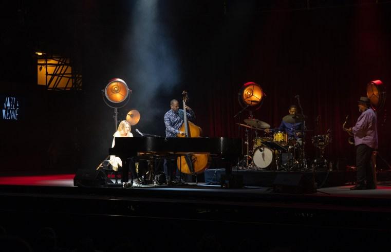 Diana Krall - Son Hommage Du Great American Songbook à Jazz à Vienne 6