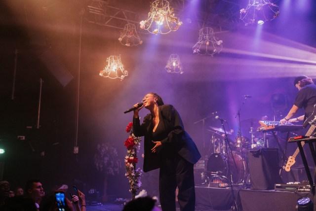 Mahalia - La Chanteuse Offre Un Show de Qualité Pour Sa Première Date A Lyon, Au Ninkasi Gerland 3