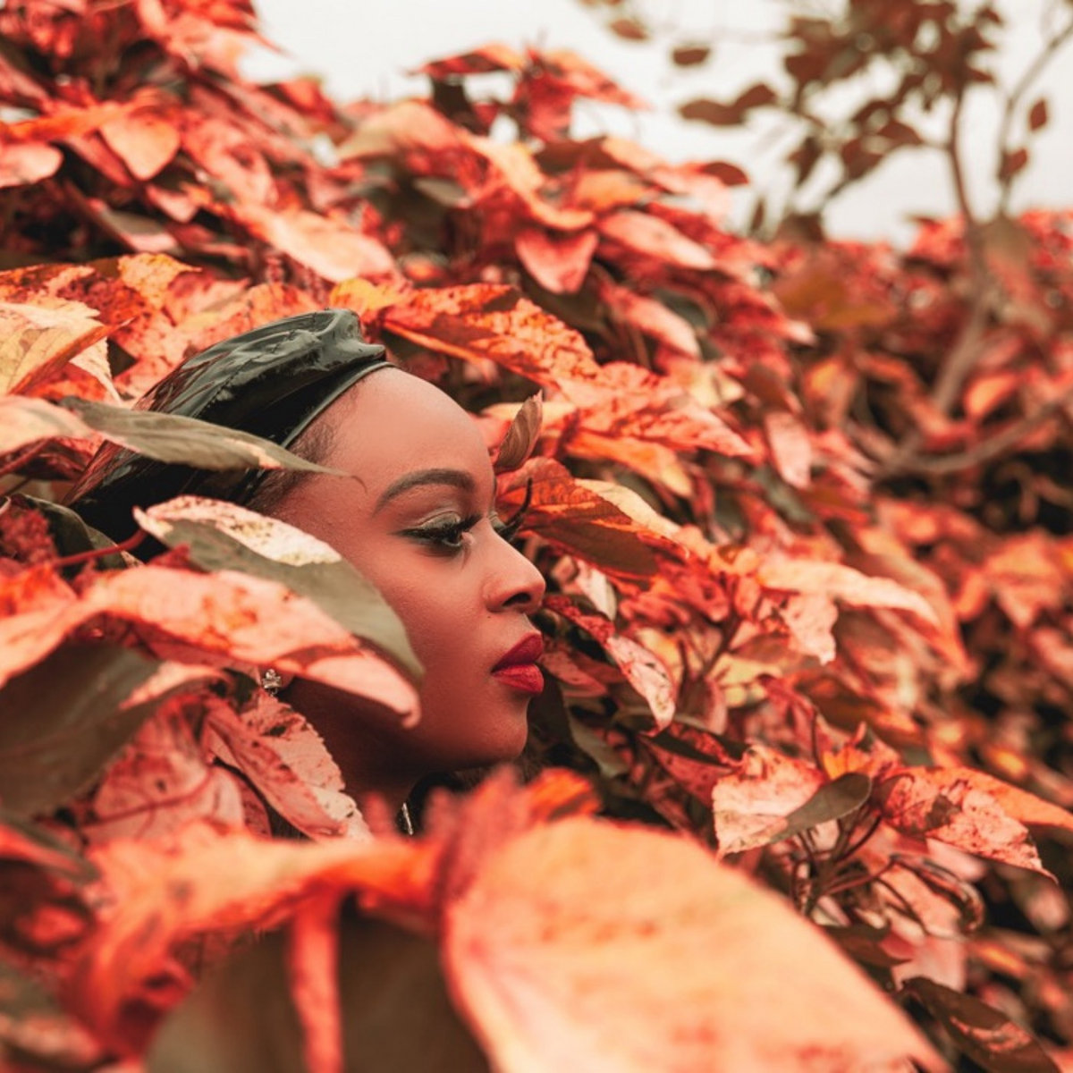 Sheena O. Murray comes back with soulful single «Waste Some time»