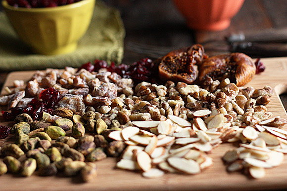 Trail Mix Bites - tasty, healthy bites of nuts, dried fruits, and seeds | SoupAddict.com