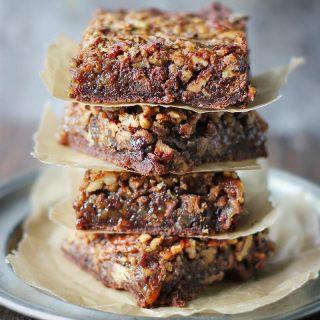 Chocolate Caramel Pecan Pie | SoupAddict.com
