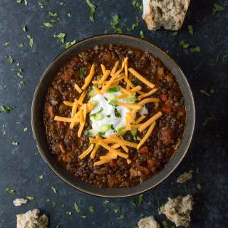 Vegetarian Lentil Chili. Recipe at SoupAddict.com | lentils | chili | vegetarian | vegan | food in bowls
