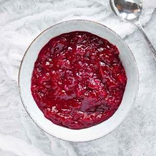 Instant Pot Spiced Cranberry Sauce