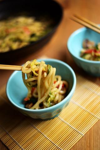 stir fried udon noodles vegetables 3