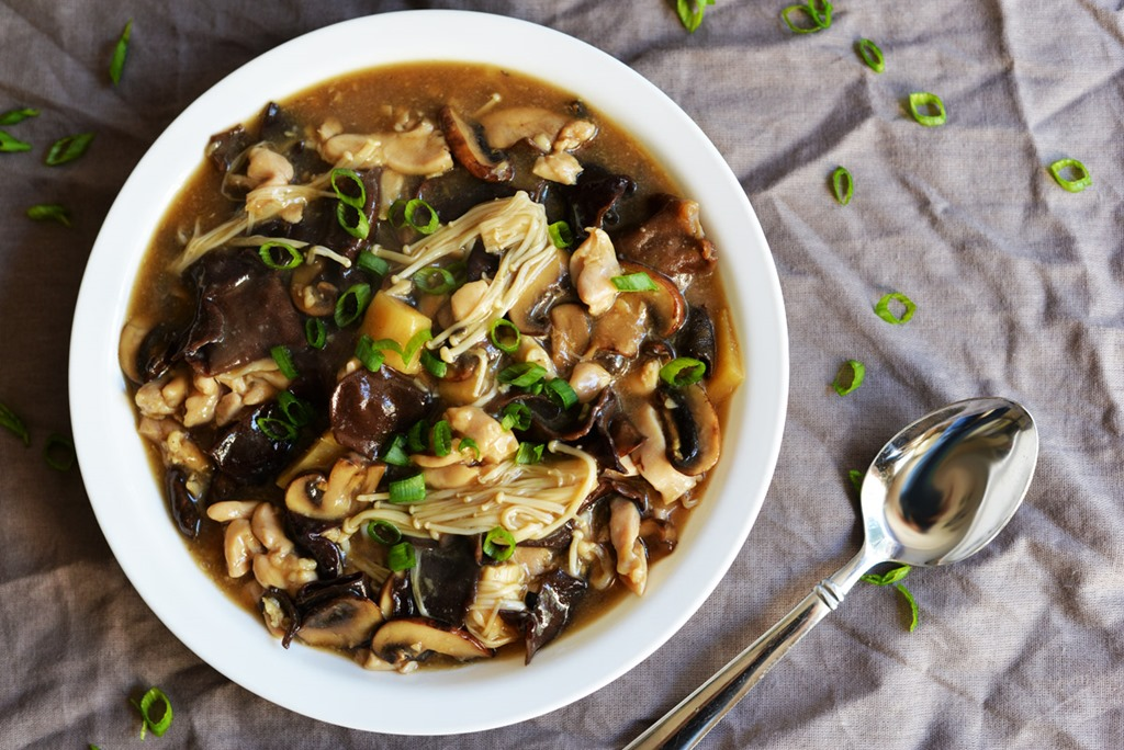 Chicken with 3 Kinds of Mushroom in Oyster Sauce