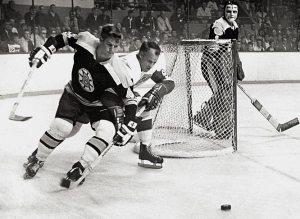 1970-Challenging Gordie Howe
