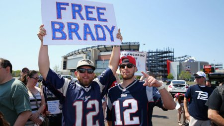 skysports-brady-free-fans-patriots_3802429