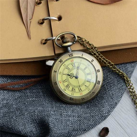 Unique Men Women Vintage Pocket Watch Roman Numerals Fob WatchGlass Dial Necklace Pendant Clock Time with Chain Character Watch 1