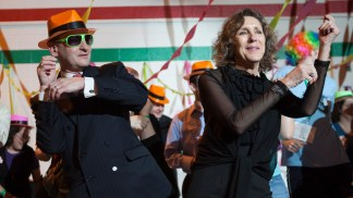 Chancellor Wrighton and his wife, Risa Zwerling Wrighton, get their dance on at the annual Dance Marathon student event in 2009.