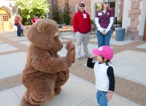 Everyone who attended the Fall Festival — regardless of age — felt the Washington University spirit. (Jerry Naunheim Jr.)