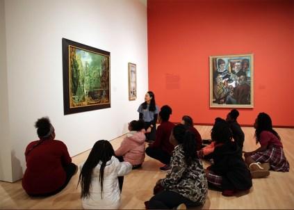Hawthorn students tour Kemper Museum