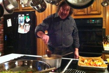 Making Thanksgiving Gravy