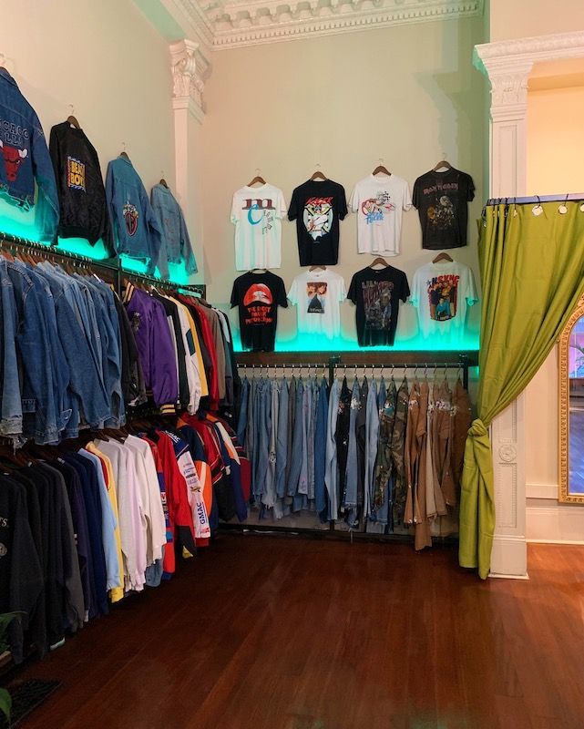 Swamp Rags Vintage is a homage to '80s and '90s denim, graphic tees, jackets and other pop culture collectables.