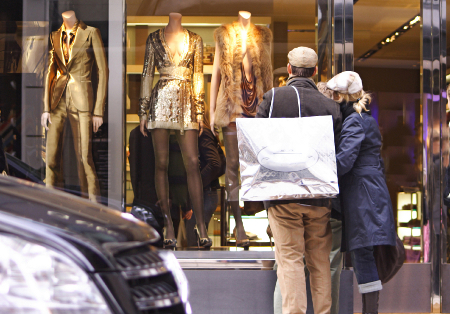 Fall shopping retailers study HRC
