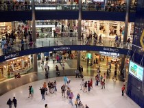 Simon Says Shoppers Prefer Malls Over Online Retail