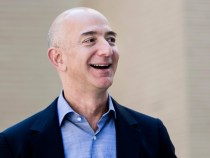 Amazon Sales Soar 23%, VF Revenues Slide, Carter's Hangs On
