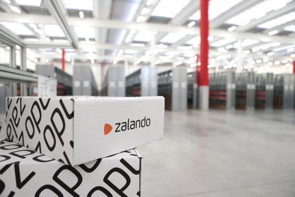 Zalando logistics fulfillment center