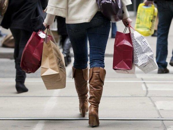 women-shopping-768x576