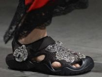 Ugly Shoe Trend Rescues Crocs; Shares Increase 17%