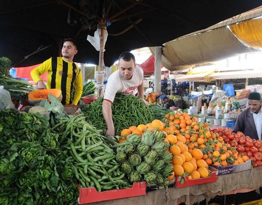 ارتفاع في أسعار المواد الغذائية في الأيام الأولى من شهر رمضان