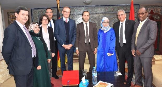 أكادير: السفير الألماني يتباحث سبل التعاون مع أعضاء المجلس الجماعي