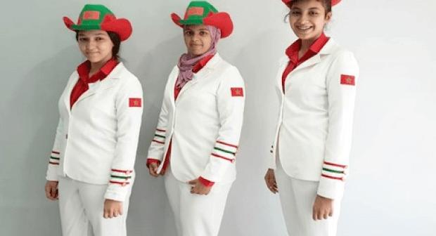 """ثلاث تلميدات مغربيات ينافسن عالميا ب"""" روبو"""" يقطف الهندية ويقطعها"""