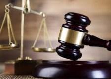 توقف متابعة مغني اماراتي و11 خليجي بتهم الدعارة والفساد وإدانة مومسات ووسطاء