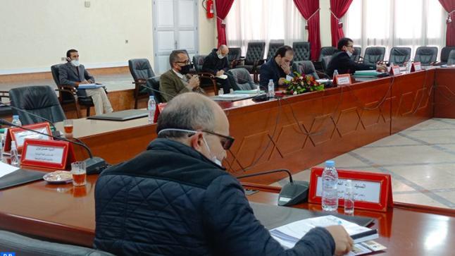 المجلس الإقليمي لاشتوكة أيت باها يصادق على اتفاقيات لإقامة مشاريع ذات وقع اجتماعي