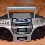 FMステレオ放送で雑音(ノイズ)が入るときの対策