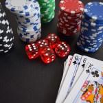 日本では賭博は持統天皇以来禁止
