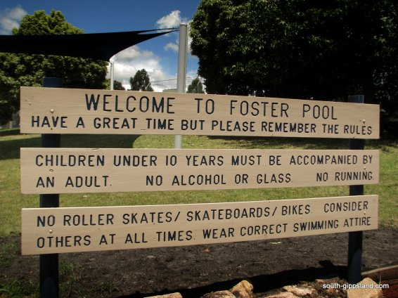 Foster-Swimming-Pool (5)