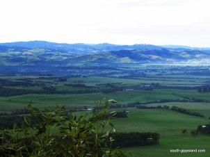 a-view-from-Mt-Nicoll