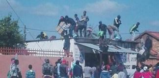 Looting-in-GaRankuwa