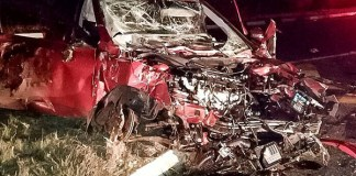 Two people die in car crash Photo: Netcare 911