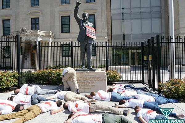 Protest against farm murders held at SA embassy in USA. Photo: Front Nasionaal SA