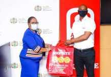 Montseng Tsiu, Free State Health MEC and Raymond Mzizi, Regional Manager