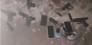 Kirkwood police arrest 5, recover unlicensed firearms. Photo: SAPS