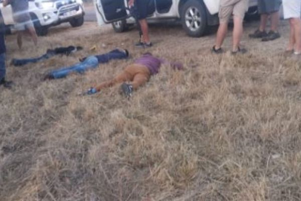 Farm Watch assists in the arrest of 3 house robbery suspects, Lulekani. Photo: SAPS